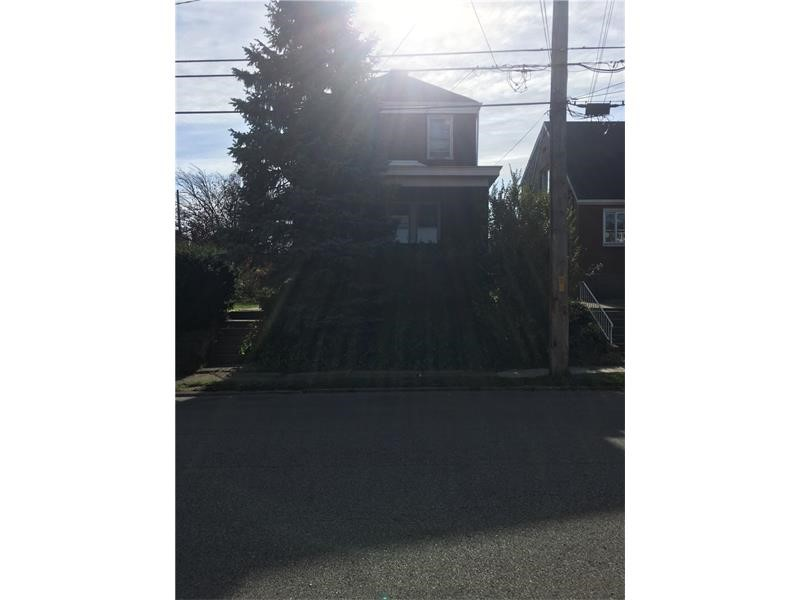 1213 Crawford Ave, Duquesne, PA 15110