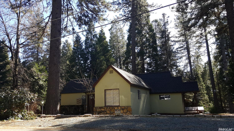 4934 Cedar Dr, Camino, CA 95709