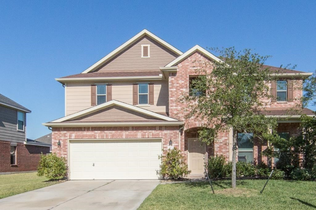 5807 Orchard Trail Dr, Pearland, TX 77581