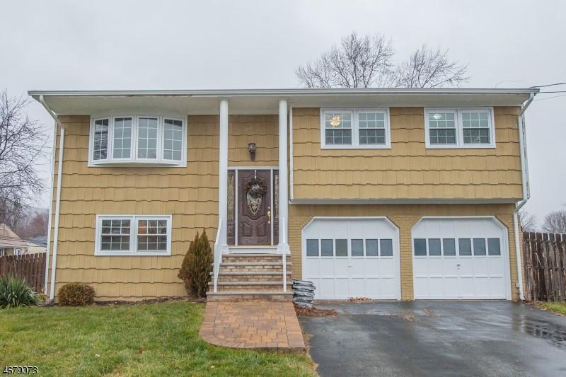 1 Collingswood Pl, Flanders, NJ 07836