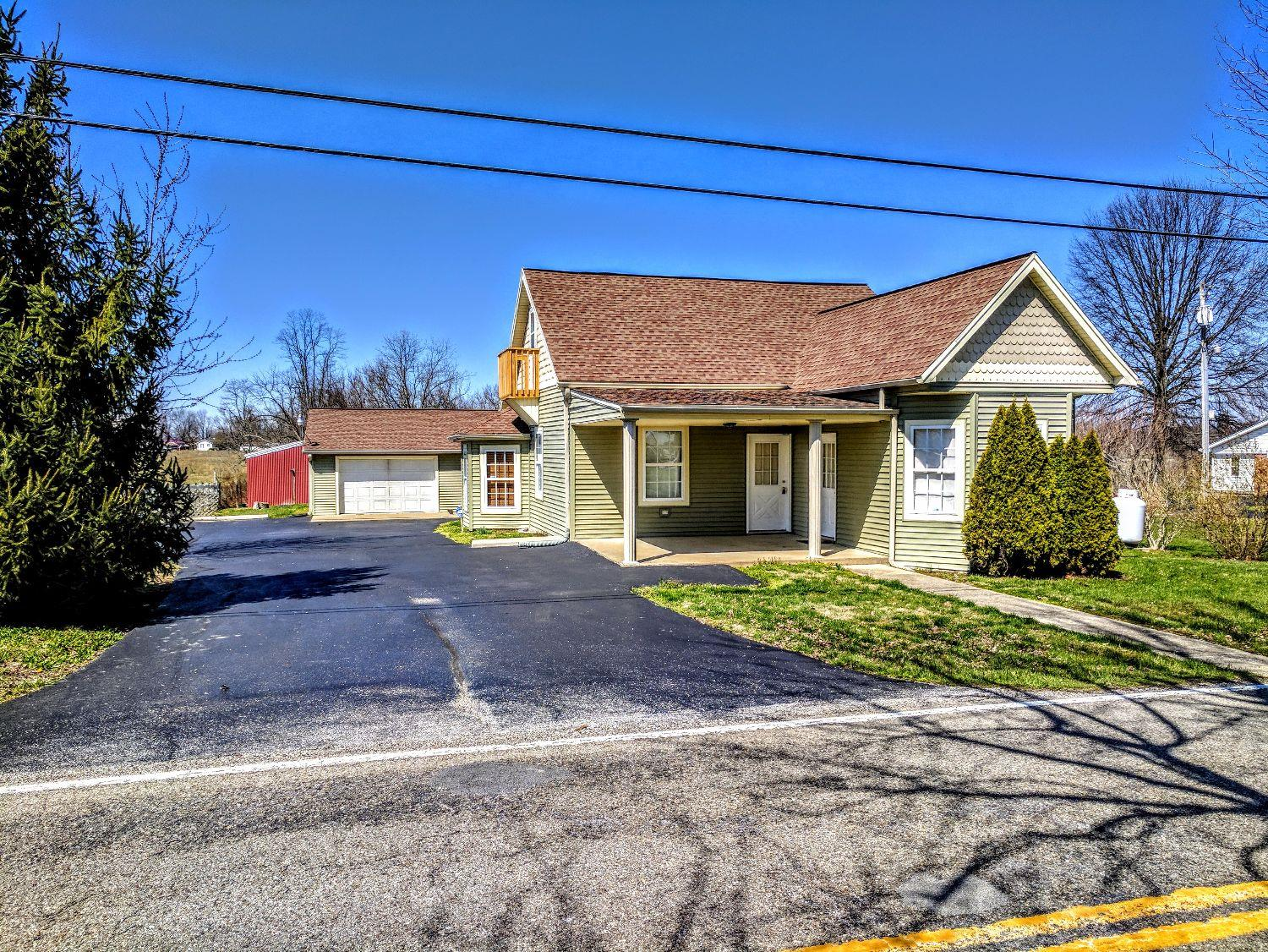 3300 State Route 756, Felicity, OH 45120