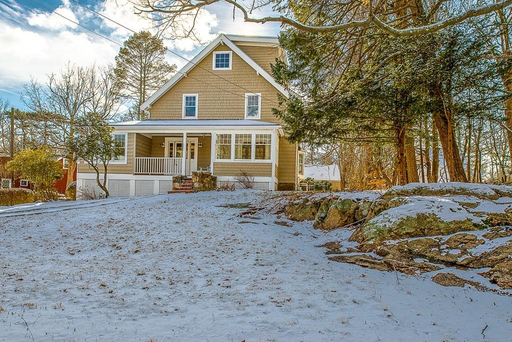 15 Littles Point Rd, Swampscott, MA 01907