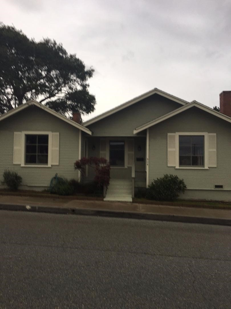 504 19th St, Pacific Grove, CA 93950