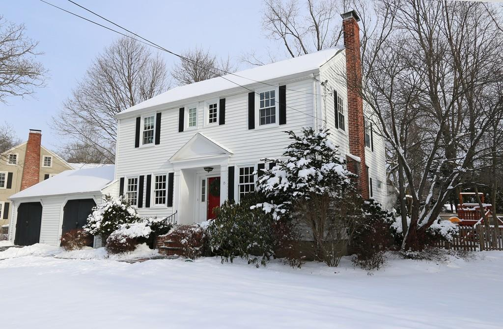 15 Harding Rd, Lexington, MA 02420