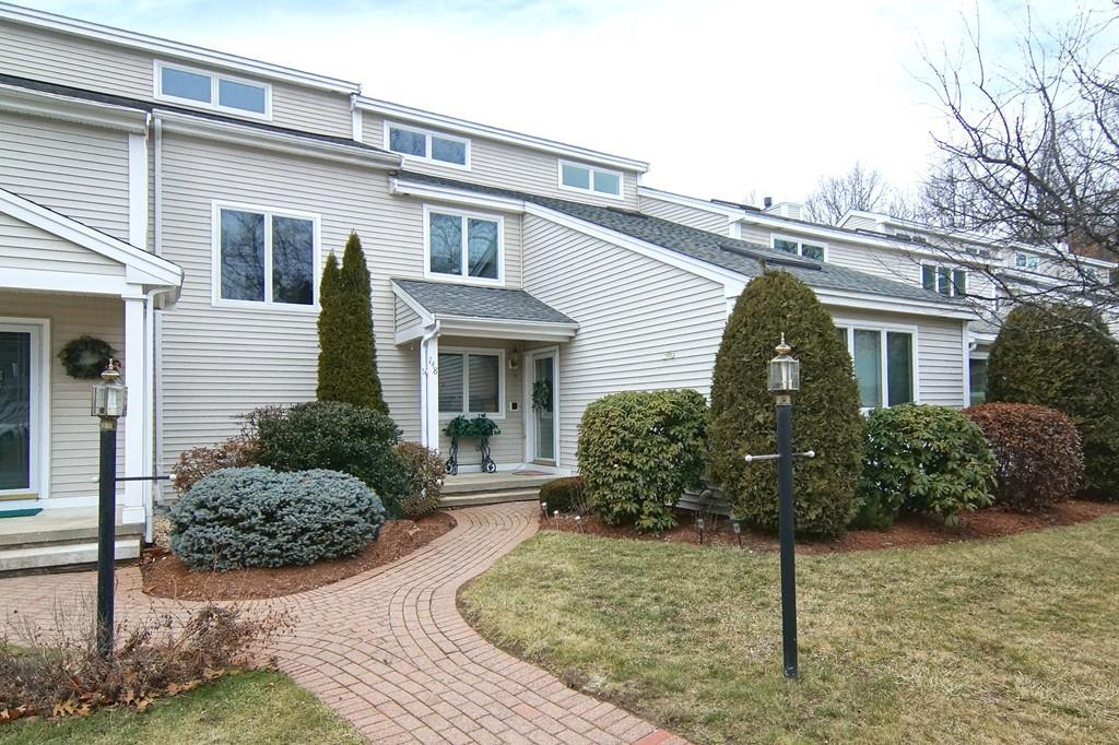 148 Westview Dr, Westford, MA 01886
