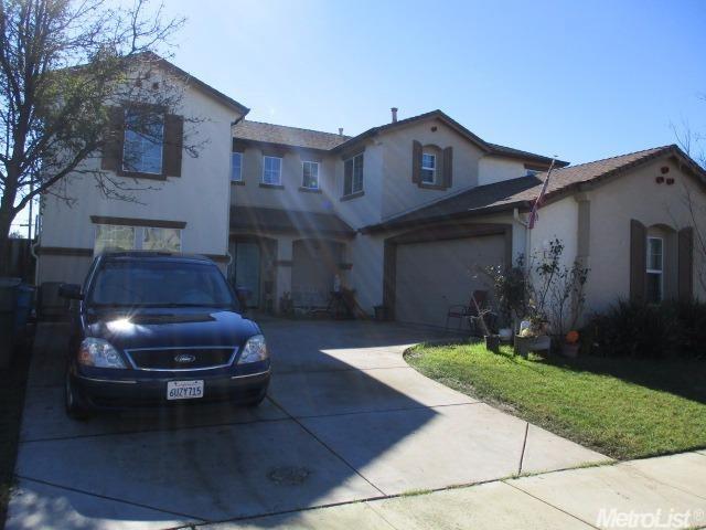 1672 Valley Meadows Dr, Olivehurst, CA 95961