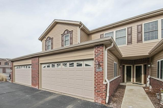 W162s7056 Olive Cir, Muskego, WI 53150