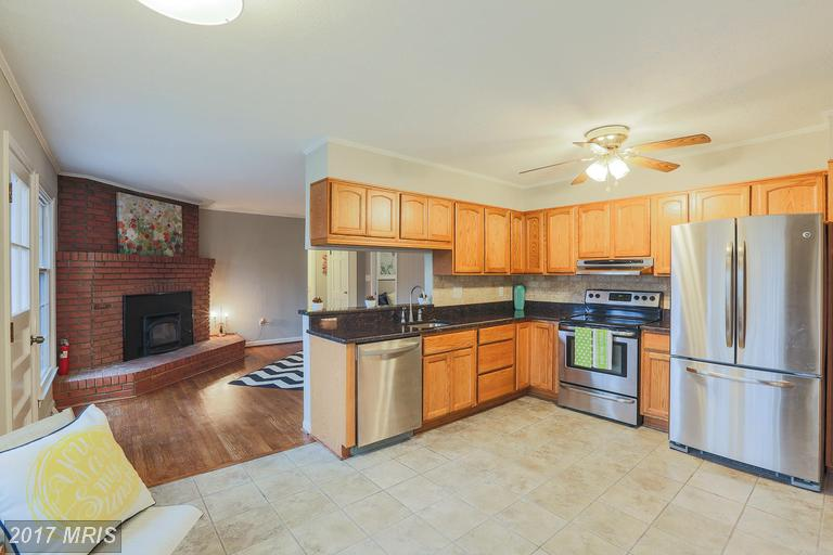 16 Hickory Meadow Rd, Cockeysville, MD 21030