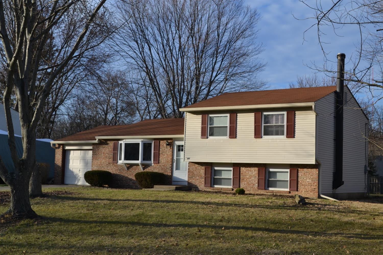 1358 Cottonwood Dr, Milford, OH 45150
