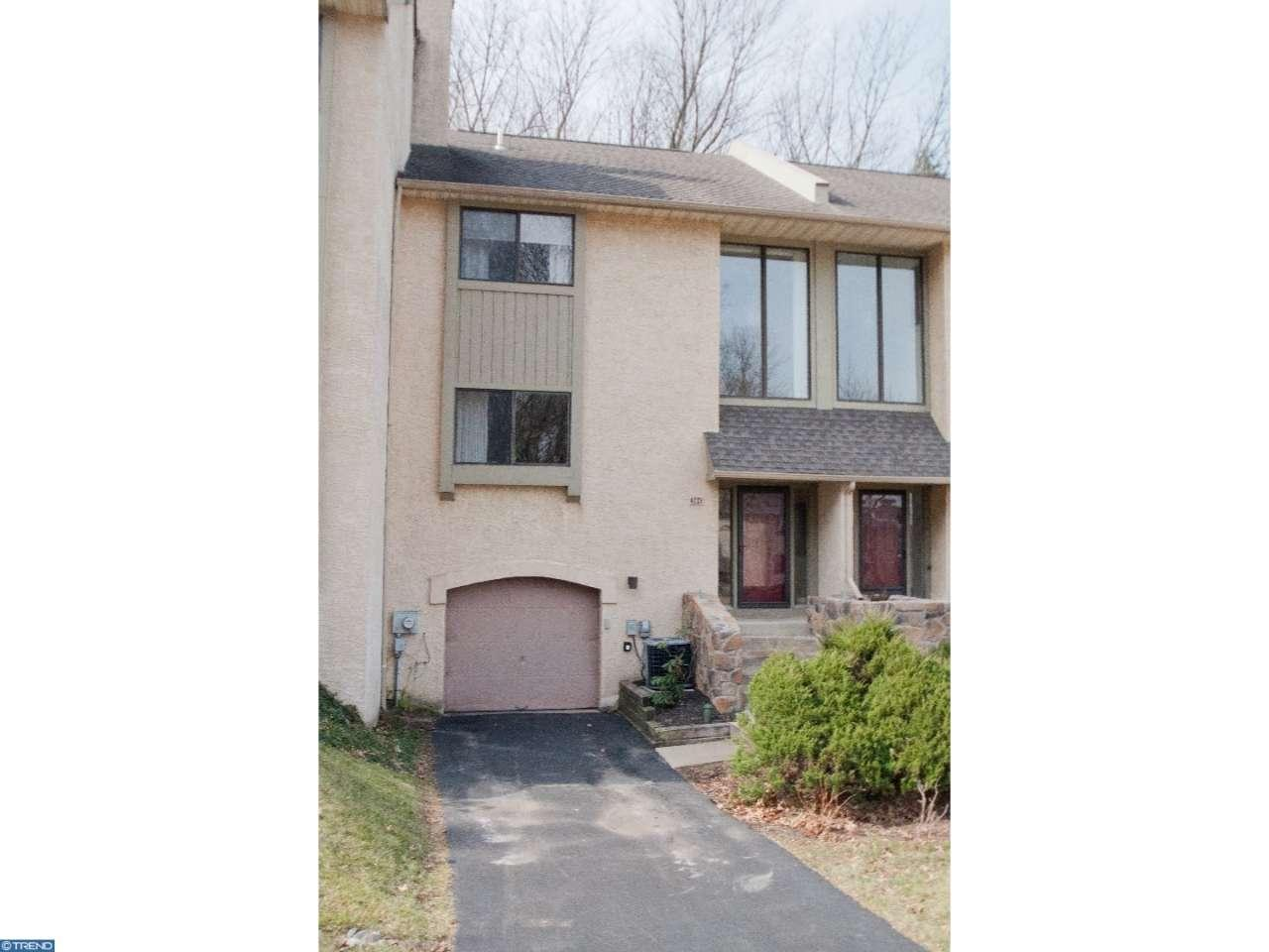 384 Lynetree Dr, West Chester, PA 19380
