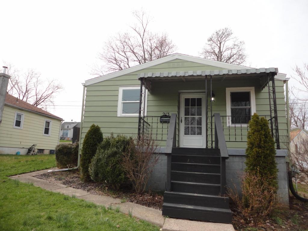 213 S Cedar Ave, Lancaster, OH 43130