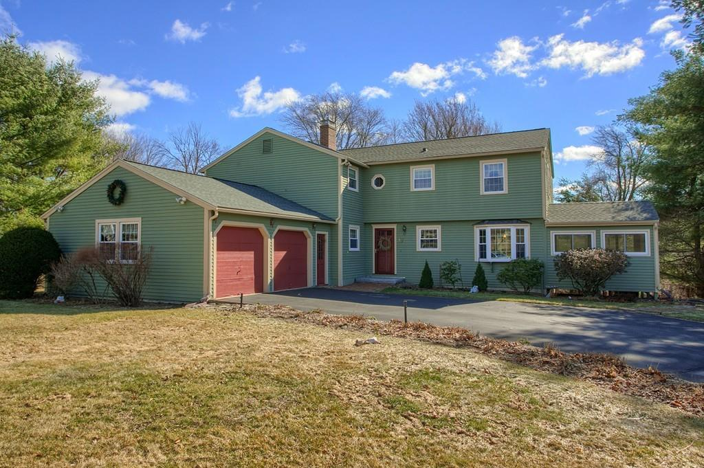 17 Independence Rd, Pepperell, MA 01463