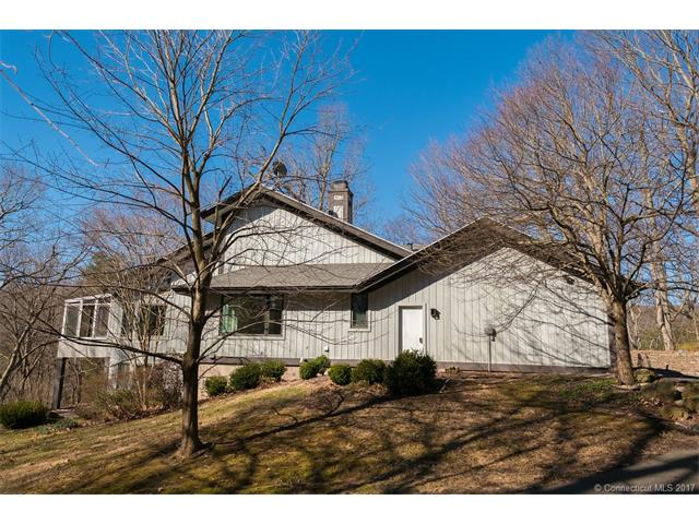 175 Mountain Brook Dr, Cheshire, CT 06410