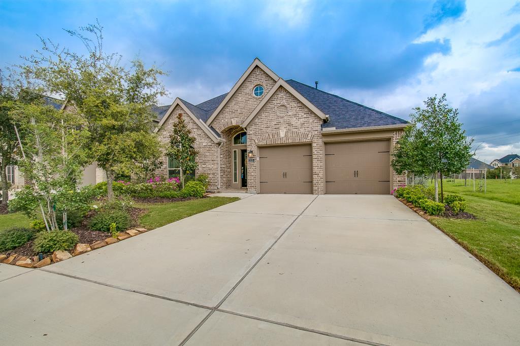 5115 Rollingwood Oak Ln, Fulshear, TX 77441