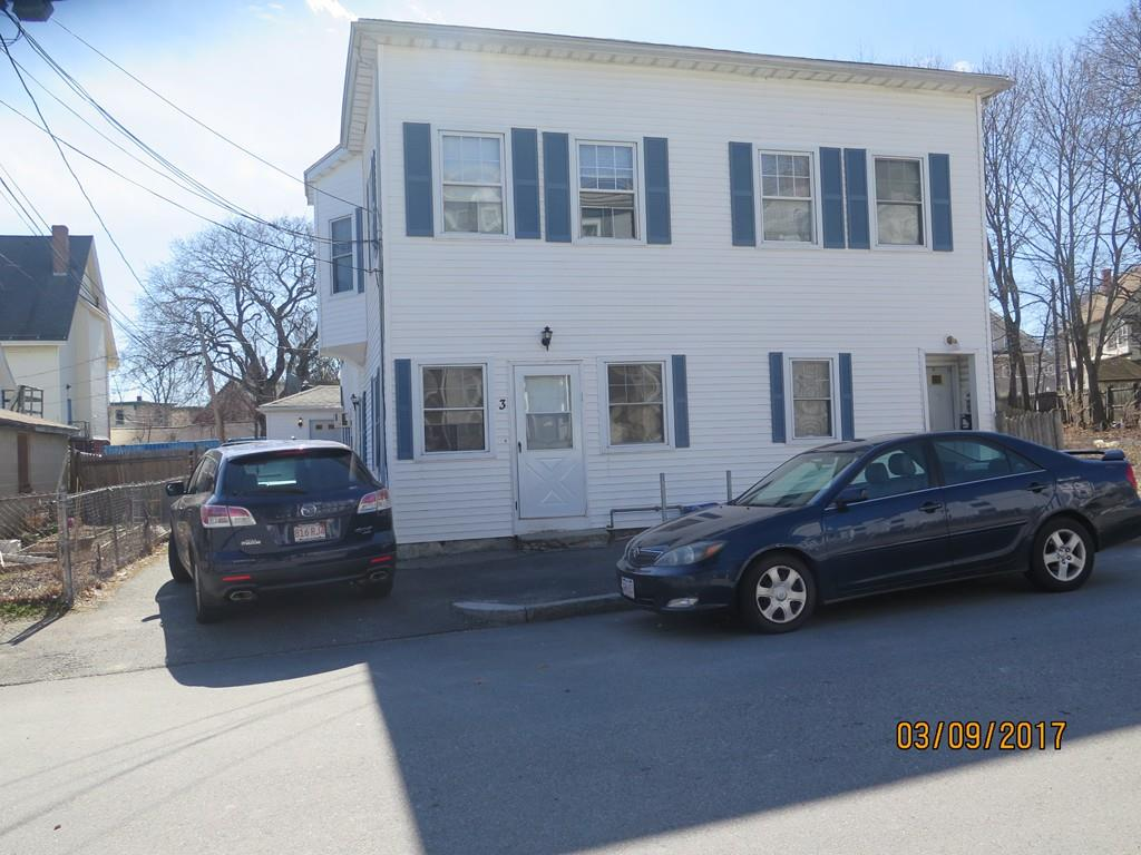 3 Reeves St, Worcester, MA 01607