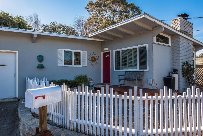 38 Ralston Dr, Monterey, CA 93940