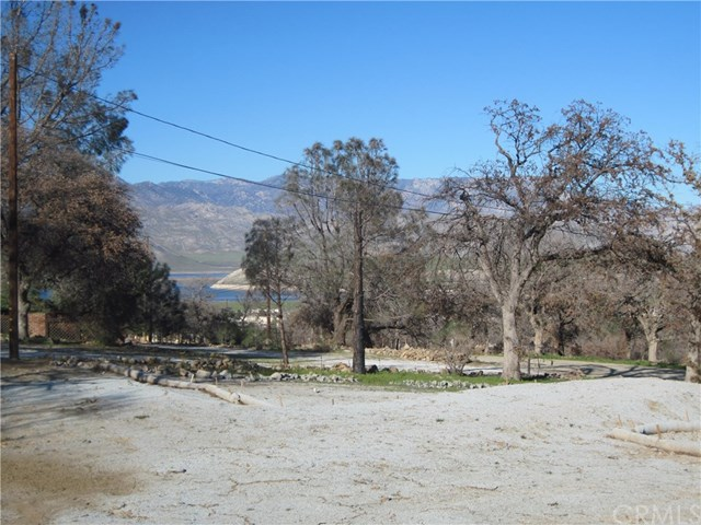 3701 Seclusion Rd, Lake Isabella, CA 93240
