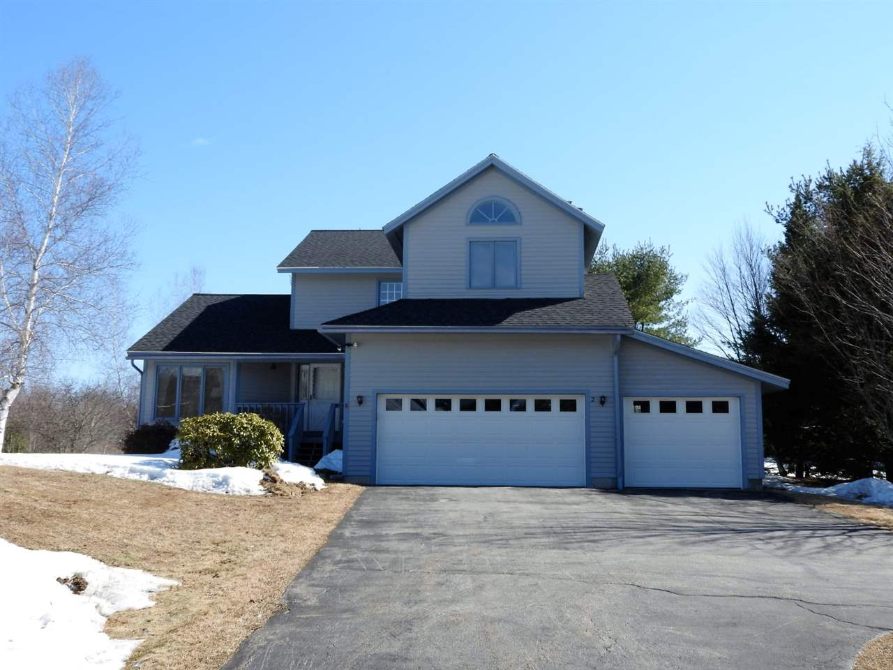 2 Meadow Ln, Meredith, NH 03253