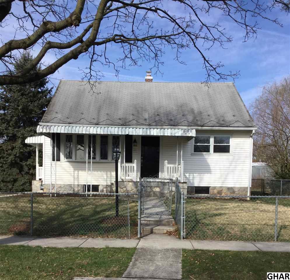 611 Spruce St, Middletown, PA 17057
