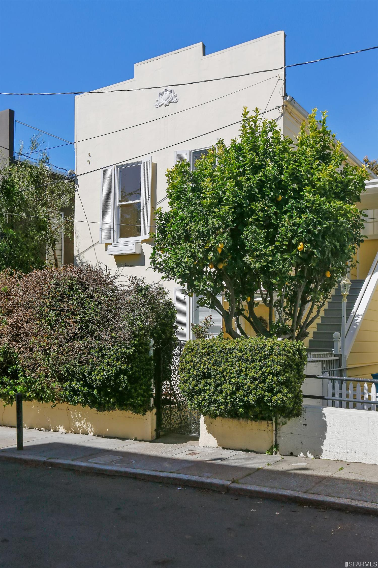 10 Harris Pl, San Francisco, CA 94123