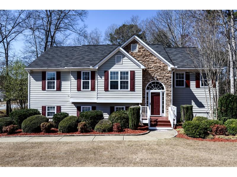 8015 River Hill Commons Dr, Ball Ground, GA 30107