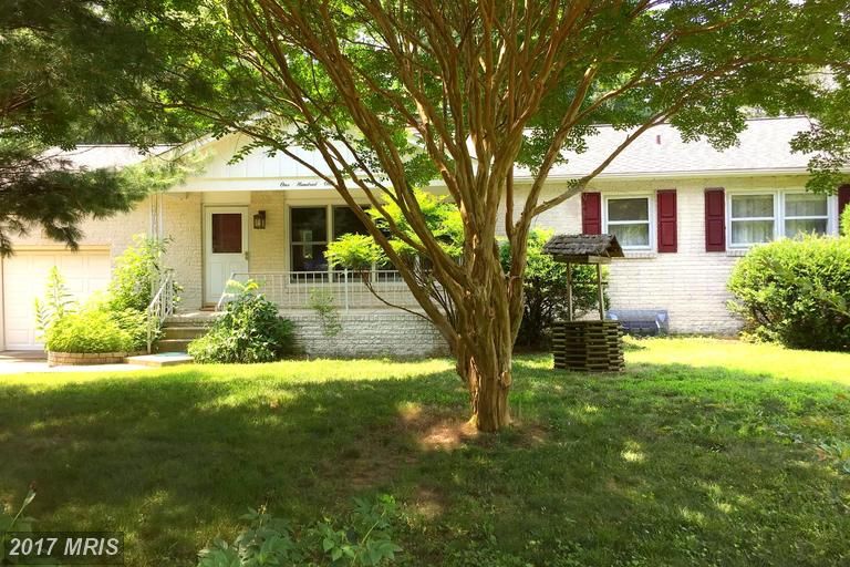 101 Phipps Ln, Annapolis, MD 21403