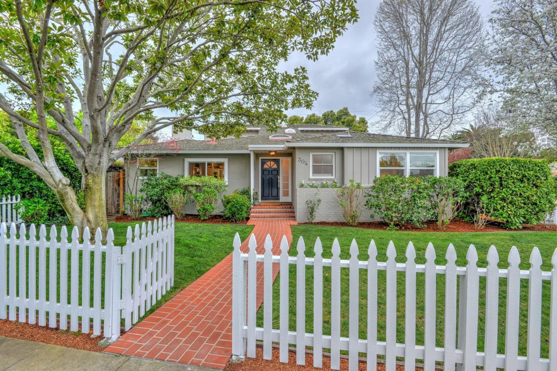 304 Oakwood Pl, Menlo Park, CA 94025
