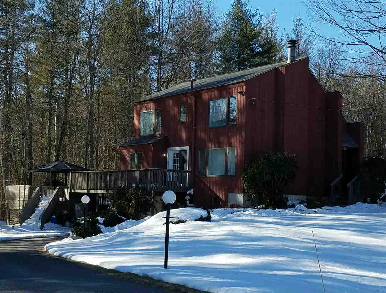 30 Overledge Dr, Derry, NH 03038
