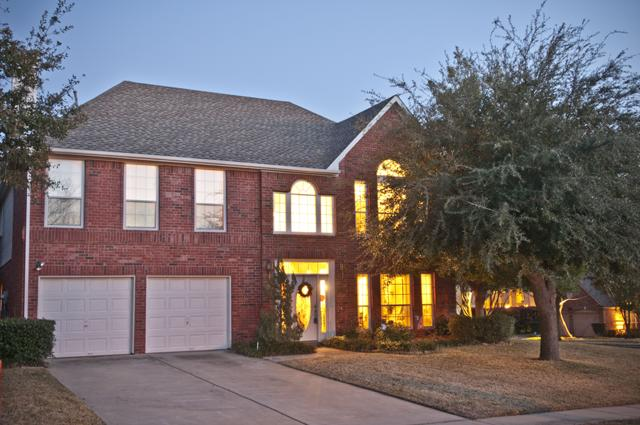 2700 Pin Oak Dr, Grapevine, TX 76051