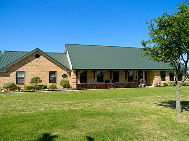 5225 Ne County Road 240, Chatfield, TX 75105