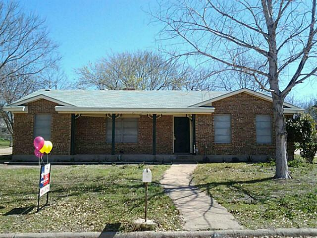 114 N Valley St, Red Oak, TX 75154
