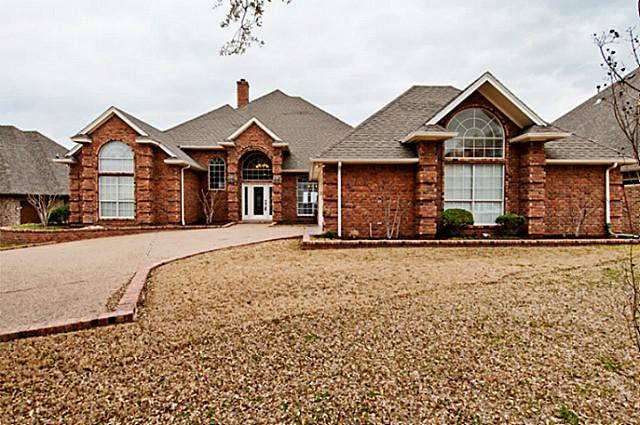 7005 Trail Bluff Ct, Granbury, TX 76048