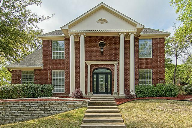 2707 Wooded Trail Ct, Grapevine, TX 76051