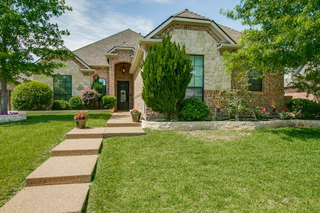 8309 Southridge Ct, North Richland Hills, TX 76180