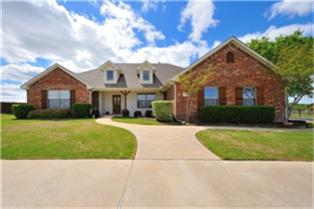 101 Miramar Cir, Weatherford, TX 76085