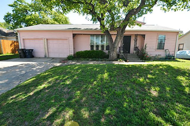 1613 Wiseman Ave, Fort Worth, TX 76105