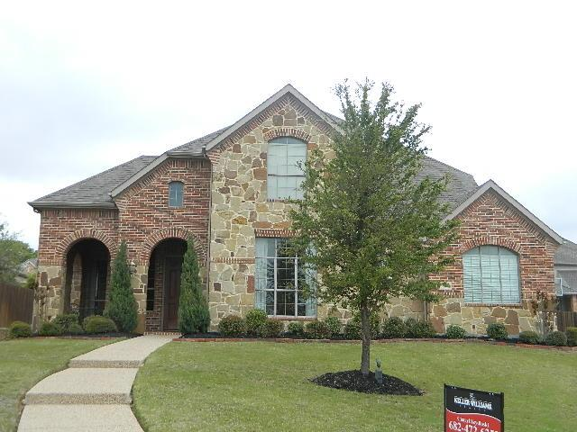305 Sunlight Ct, Keller, TX 76248