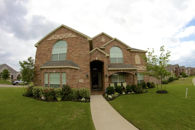 234 Paradise Way, Red Oak, TX 75154