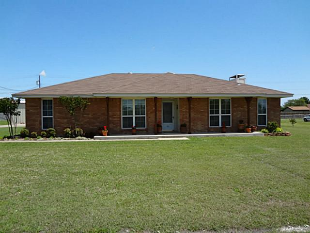 116 Stagecoach Dr, Red Oak, TX 75154