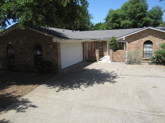 1021 Boston Blvd, Bedford, TX 76022
