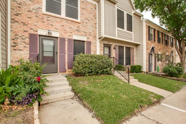 188 Merlin Way, Euless, TX 76039