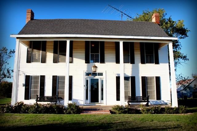 Photo of 795 Hillcrest  Gordonville  TX