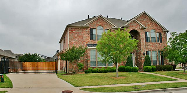 4229 Saginaw Ln, Carrollton, TX 75010