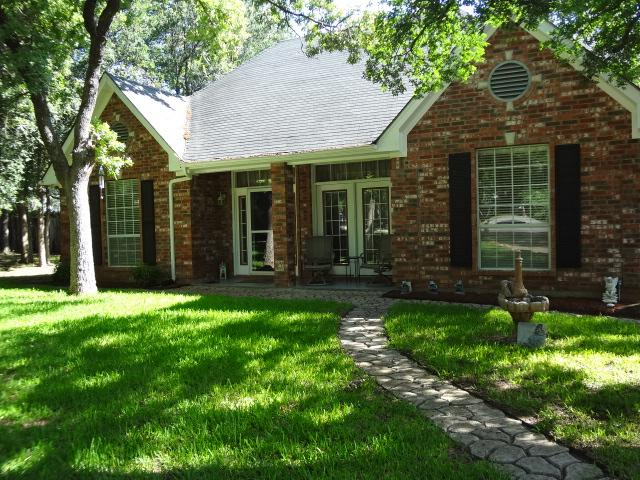 121 Windsong Ct, Weatherford, TX 76087
