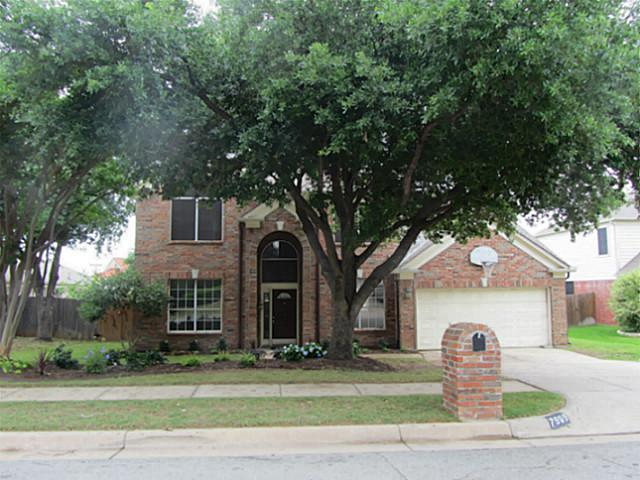 7909 Old Hickory Dr, North Richland Hills, TX 76182