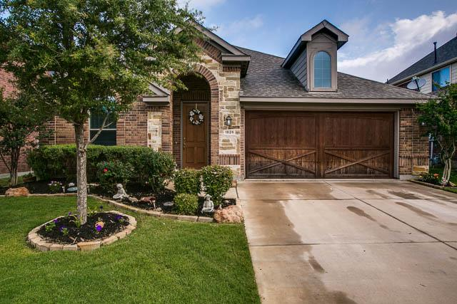 1826 Long Bow Trl, Euless, TX 76040