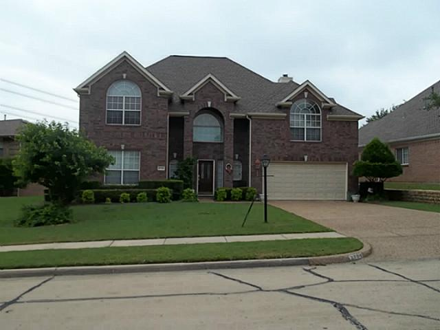 2704 Cedar View Ct, Arlington, TX 76006
