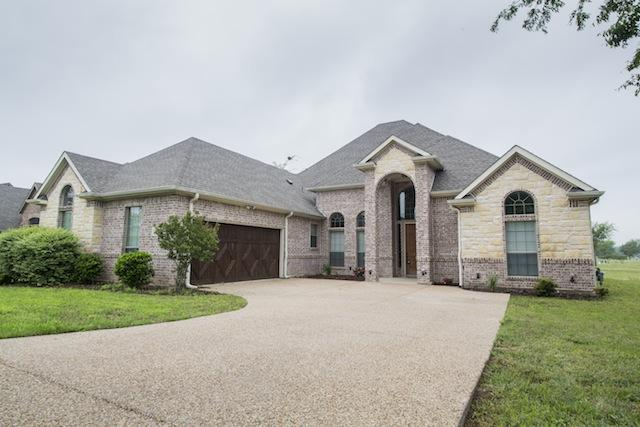 1105 Crown Valley Dr, Weatherford, TX 76087