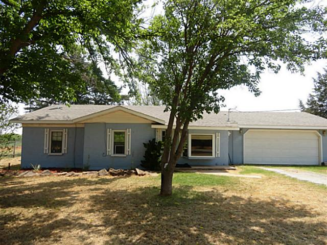 2767 Horseshoe Lake Rd, Iowa Park, TX 76367