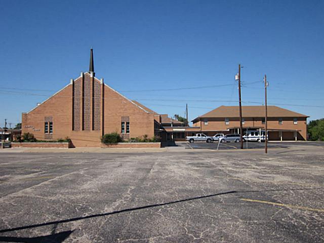 3401 Johnson St, Greenville, TX 75401